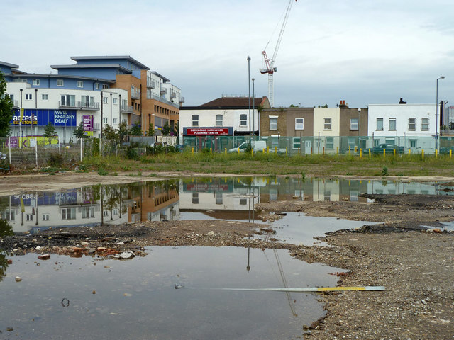 Puddles and premises, Purley Way