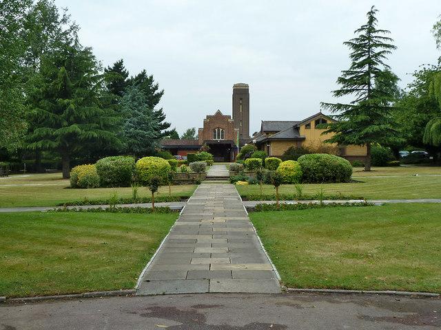 Path towards Croydon Crematorium