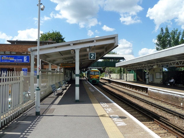 Platform 2, Waddon station