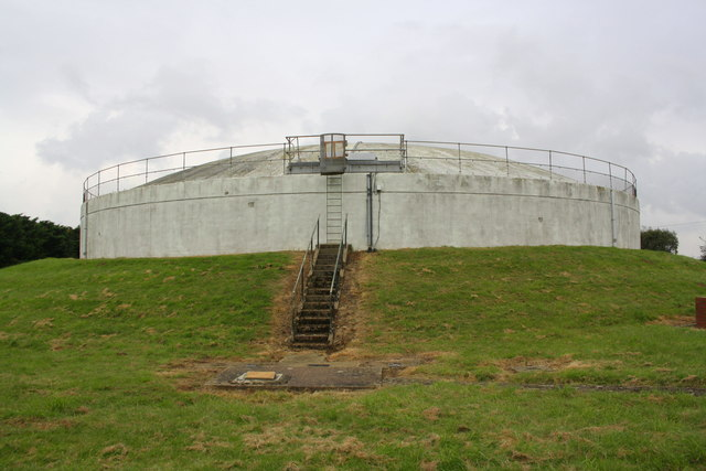 Covered reservoir at Gorse Road / Wyville Road junction