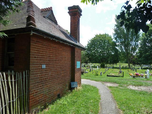 Pedestrian path into Bandon Hill cemetery