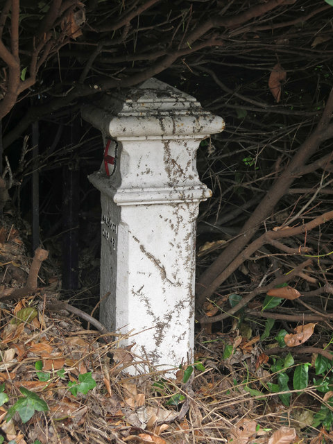 Coal tax boundary post no.85, The Causeway