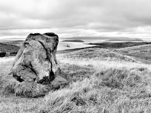 Fechan Menhir - Largs, North Ayrshire