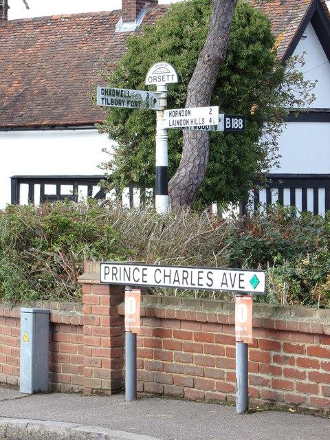 Roadsign on Prince Charles Avenue