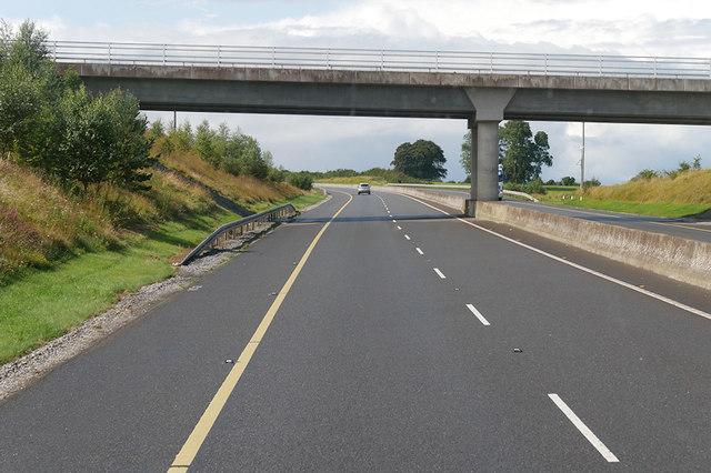 Bridge over the M7 near Dunkerrin