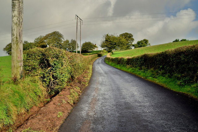 Ballynahatty Road, Kilvin