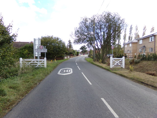 Entering Silver End on Boars Tye Road
