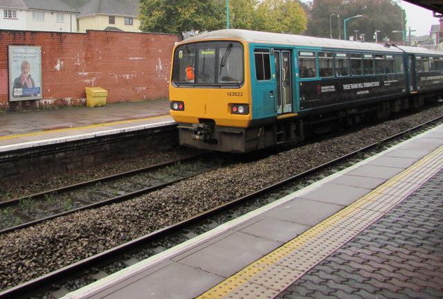 Class 143 dmu 143622 at platform 3, Caerphilly