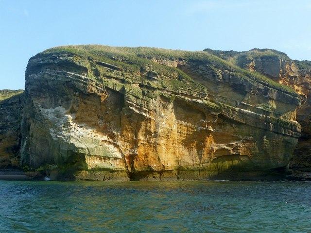 Cliffs near Clashach Quarry