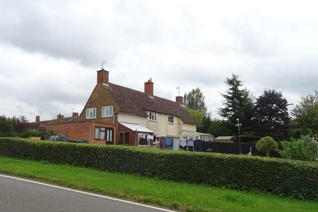 Houses on Swalcliffe Road, Tadmarton