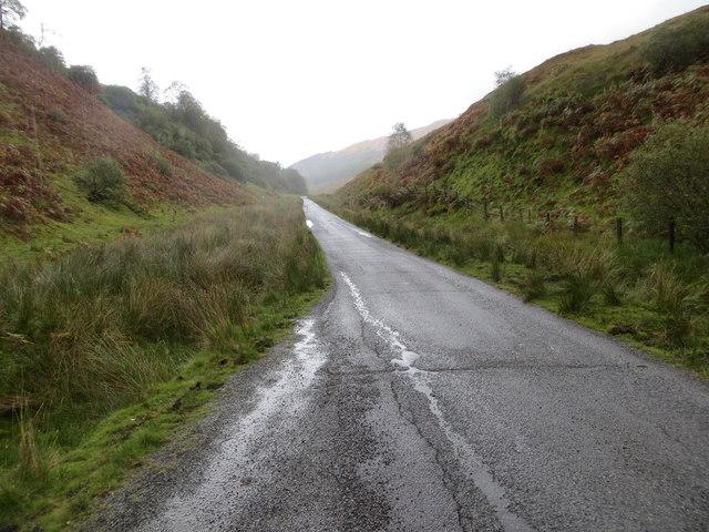 Road (B845) climbing towards Gleann Salach