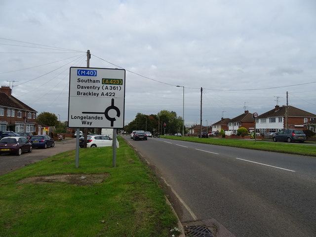Ruscote Avenue (A422), Banbury