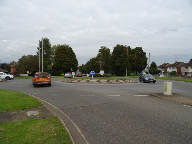 Roundabout on Ruscote Avenue (A422), Banbury