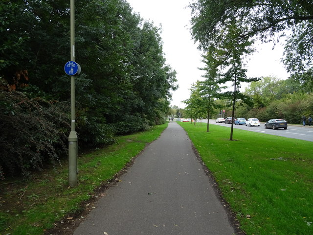 Dual use path beside the A423, Banbury