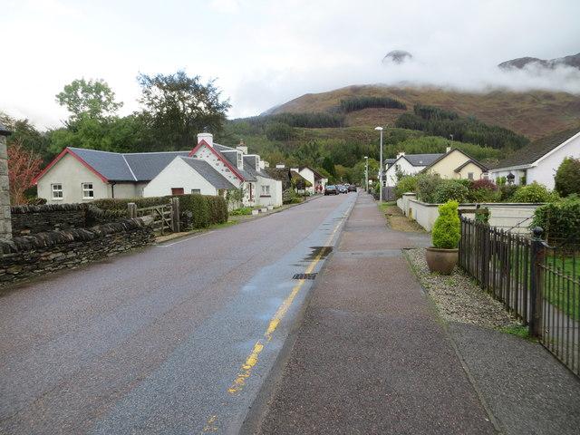 Main Street in Glencoe Village