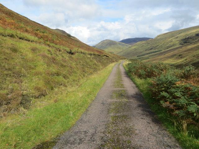 Minor road between Upper and Lower Glenfintaig in Glen Gloy
