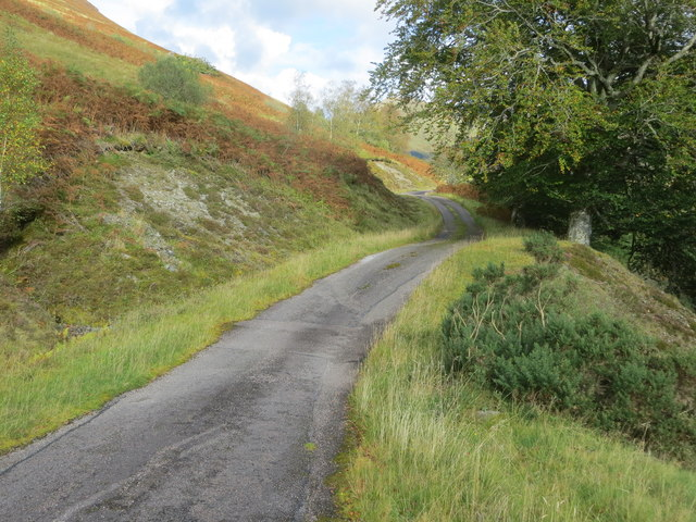 Minor road between Lower and Upper Glenfintaig in Glen Gloy
