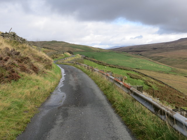 Fell Road on the eastern flank of Brownthwaite