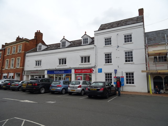 Post Office and shops on Market Place, Banbury