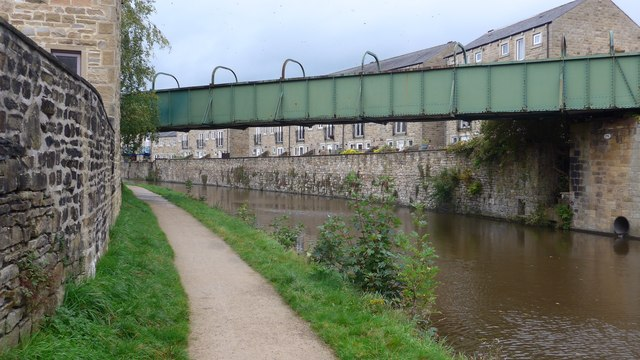 Footbridge over the Leeds and Liverpool Canal