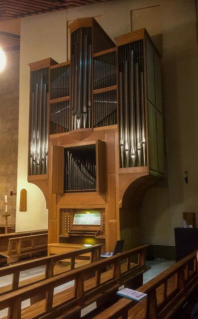 Organ, Ss Peter & Paul church, Boultham, Lincoln