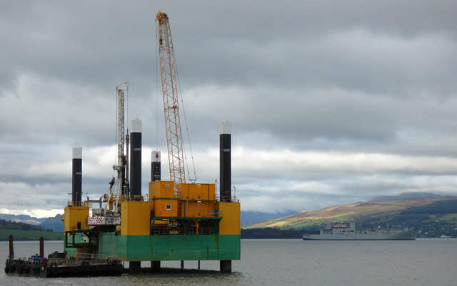 Jack-up barge Commander at Greenock