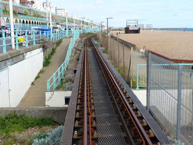 Approaching Aquarium station, Volks Electric Railway, Brighton