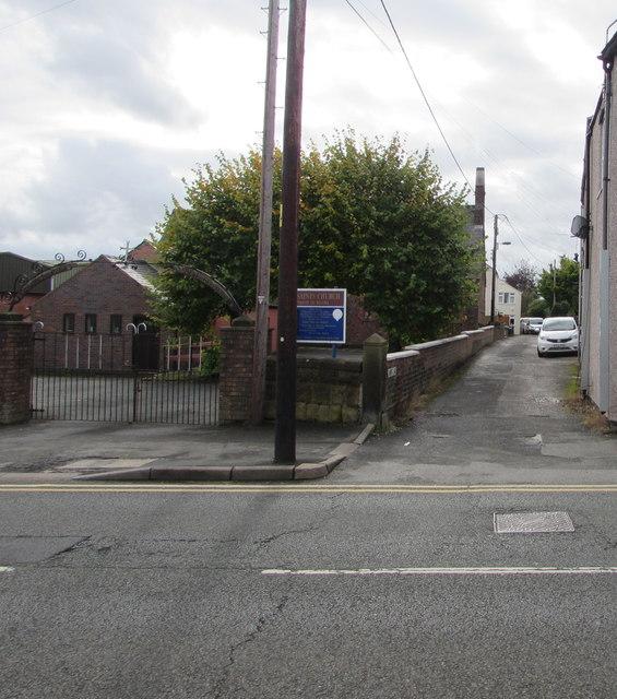 Lamb's Lane, Buckley