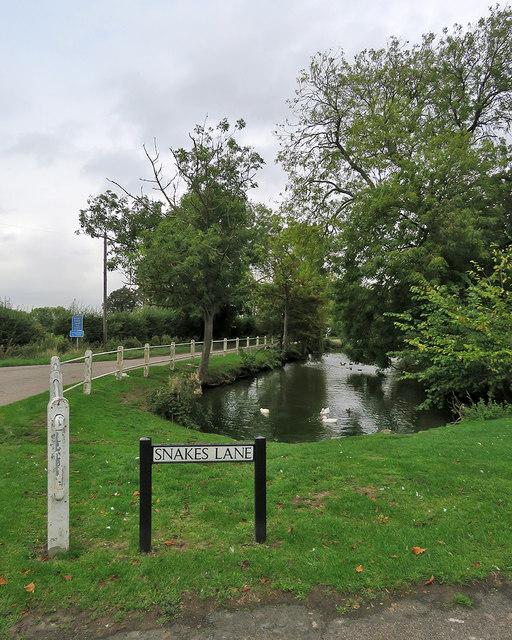 Harlton: Washpit Lane, Snakes Lane and the pond