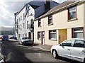 J1418 : Buildings at the junction of Thomas Street  and Havelock Place, Warrenpoint by Eric Jones