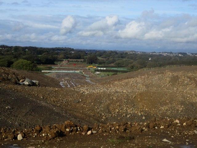 Gwaith adeiladu ffordd osgoi Caernarfon a Bontnewydd / Caernarfon and Bontnewydd by-pass construction works