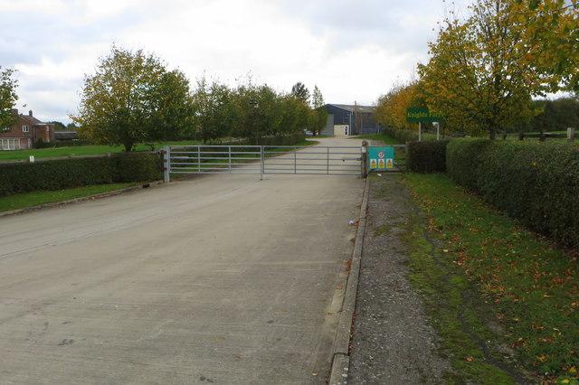 Entrance to Knight's Farm