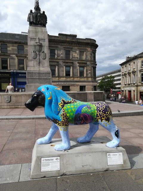 Pride of Paisley Lion