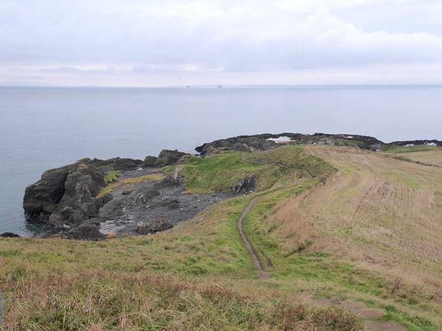 Headland west of Kincraig Point