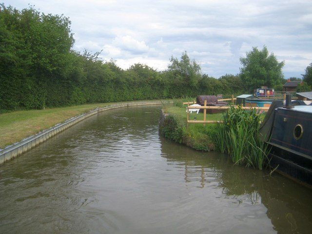 Oxford Canal: Possible site of former Bridge Number 185