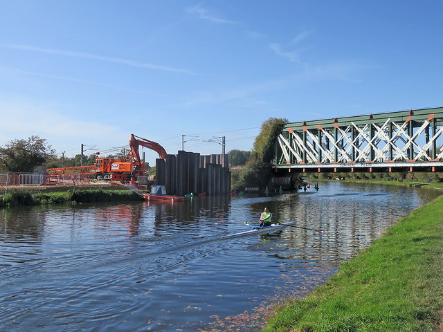 Ditton Meadows: piling for the new cycle bridge