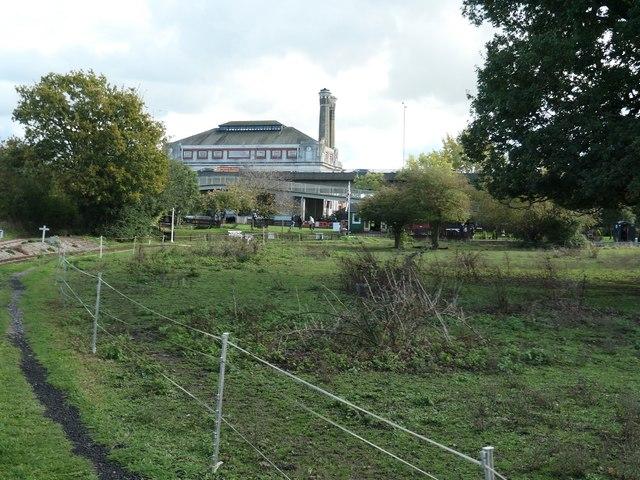 Hampton & Kempton Waterworks Railway, Hanworth Loop [5]