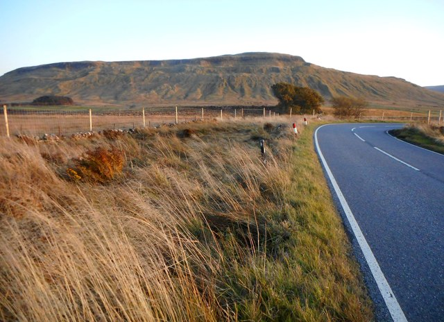Bend in the B822