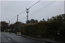 SU4789 : Communications tower by Reading Road, Rowstock by David Howard
