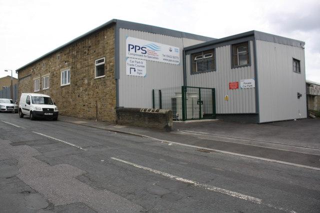 Pennine Pneumatic Services factory, Rastrick Common