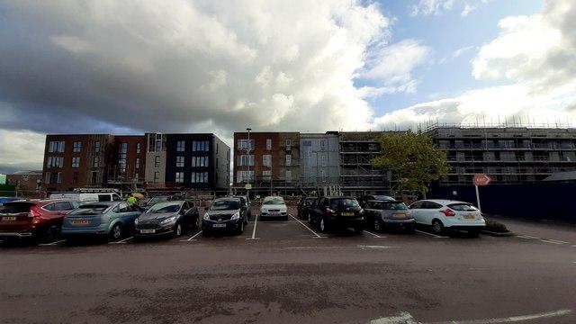New-build flats at Gloucester Quays