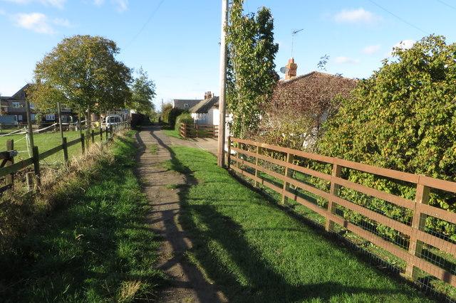 Bridleway to Knuston