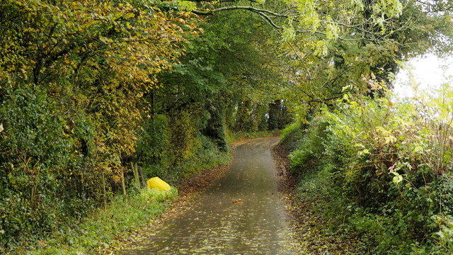 Road to Itton church
