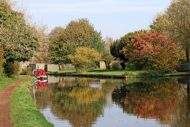 Staffordshire and Worcestershire Canal near Lower Penn