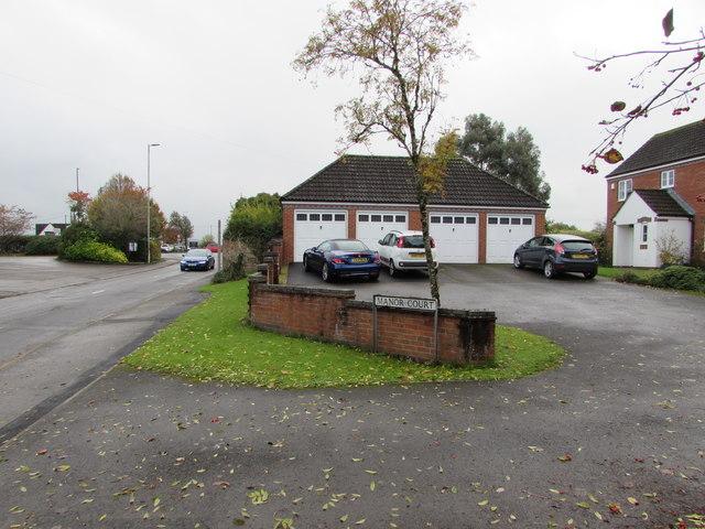 Manor Court lockup garages, Whitminster