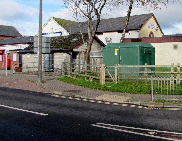 Rainbow Plaza electricity substation, Boverton Road, Llantwit Major