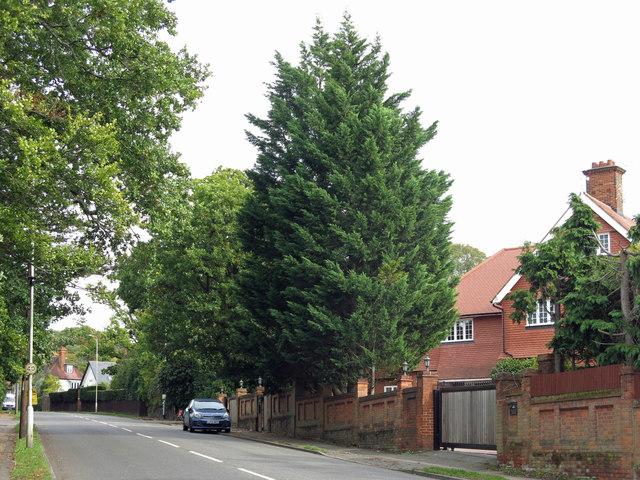 Watford Road (A4125) by Mike Quinn