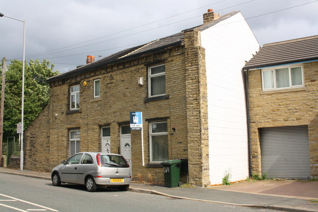 #2 Town Gate and #569 Huddersfield Road