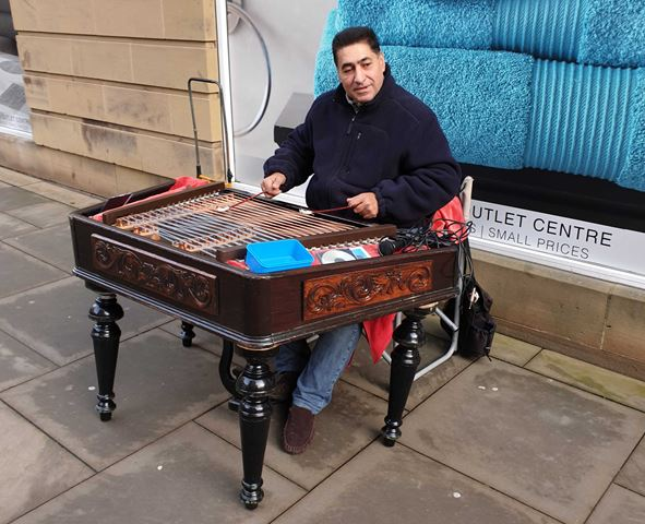 Street musician in Fore Street