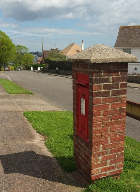 Postbox, Manscombe Road